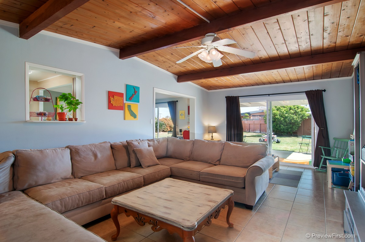 Photo 9: IMPERIAL BEACH House for sale : 4 bedrooms : 852 HICKORY COURT