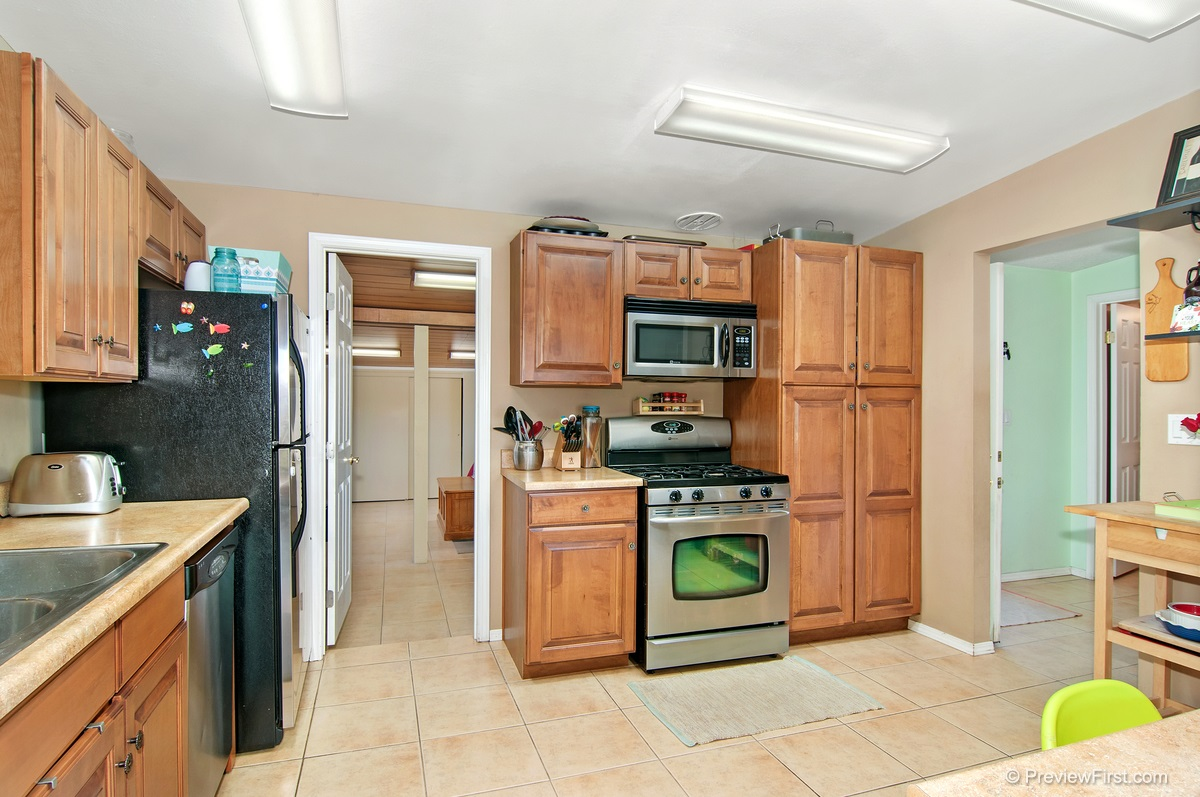Photo 6: IMPERIAL BEACH House for sale : 4 bedrooms : 852 HICKORY COURT