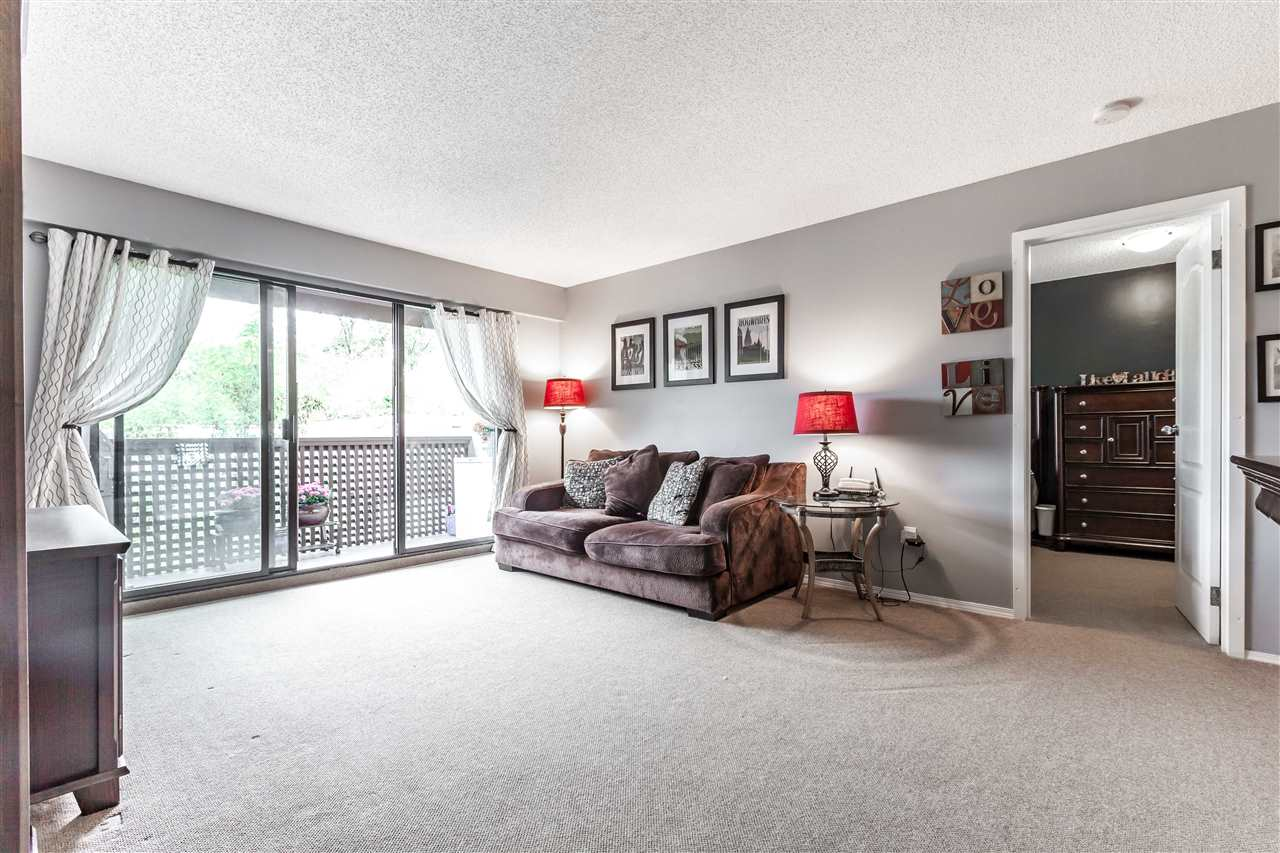 "Photo 15: 411 385 GINGER Drive in New Westminster: Fraserview NW Condo for sale in ""FRASER MEWS"" : MLS® # R2111013"