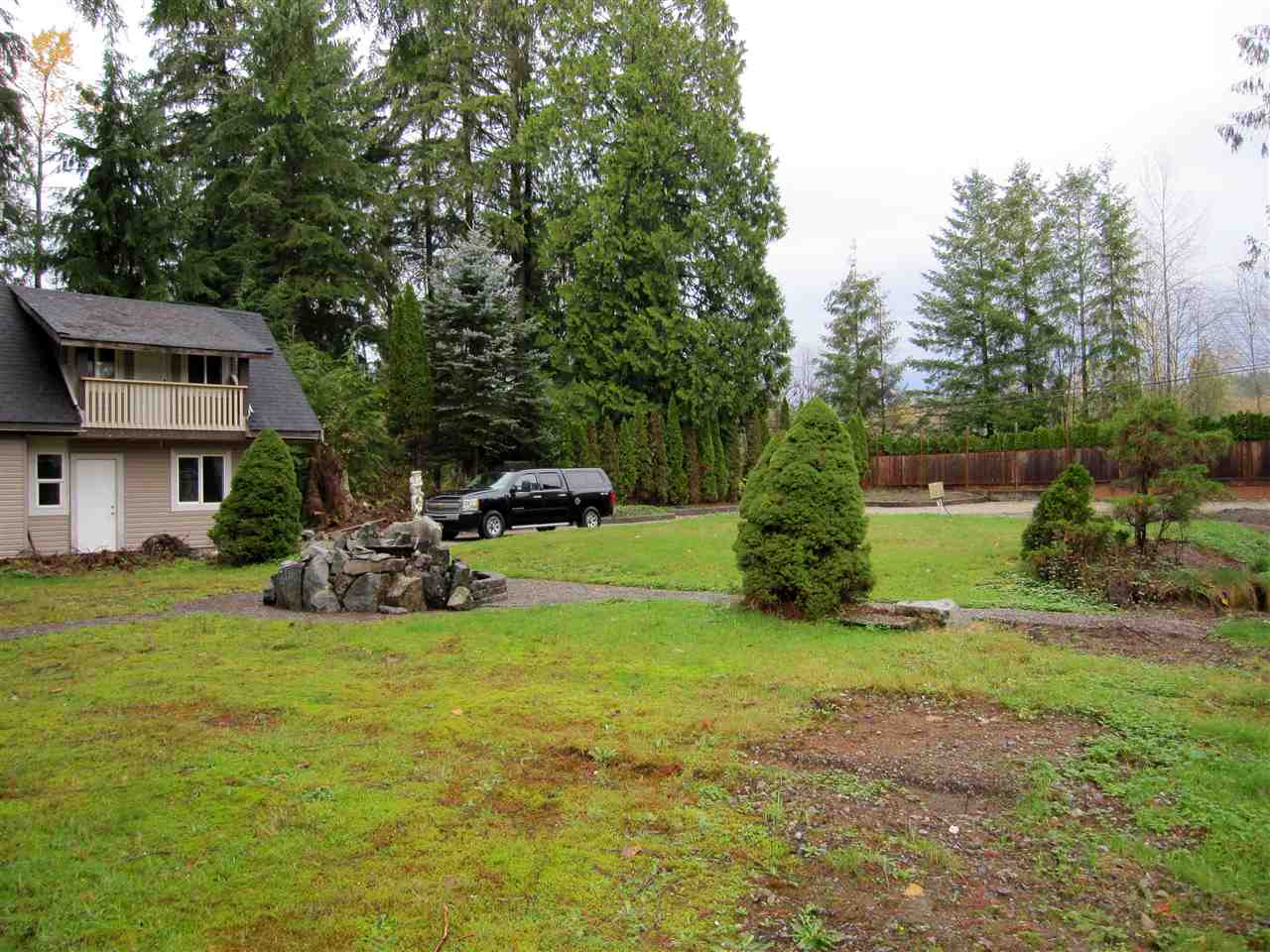Main Photo: 25688 128 Avenue in Maple Ridge: Websters Corners House for sale : MLS(r) # R2111113