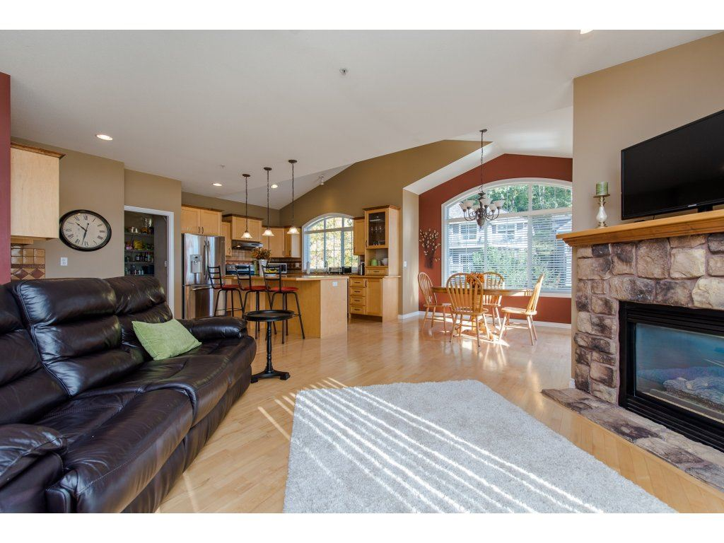 "Photo 11: 35784 REGAL Parkway in Abbotsford: Abbotsford East House for sale in ""REGAL PEAKS"" : MLS(r) # R2112545"