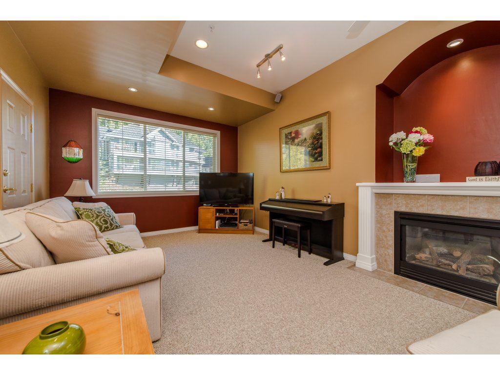 "Photo 16: 35784 REGAL Parkway in Abbotsford: Abbotsford East House for sale in ""REGAL PEAKS"" : MLS(r) # R2112545"