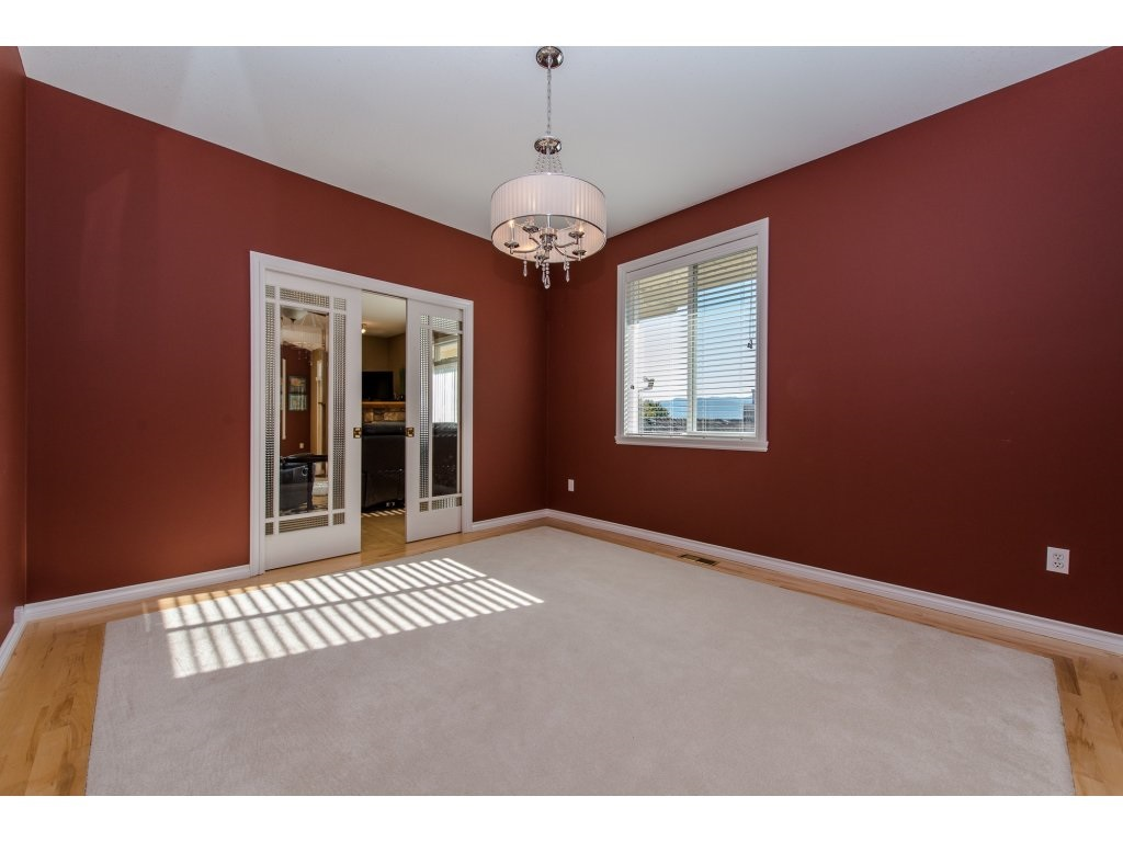 "Photo 12: 35784 REGAL Parkway in Abbotsford: Abbotsford East House for sale in ""REGAL PEAKS"" : MLS(r) # R2112545"