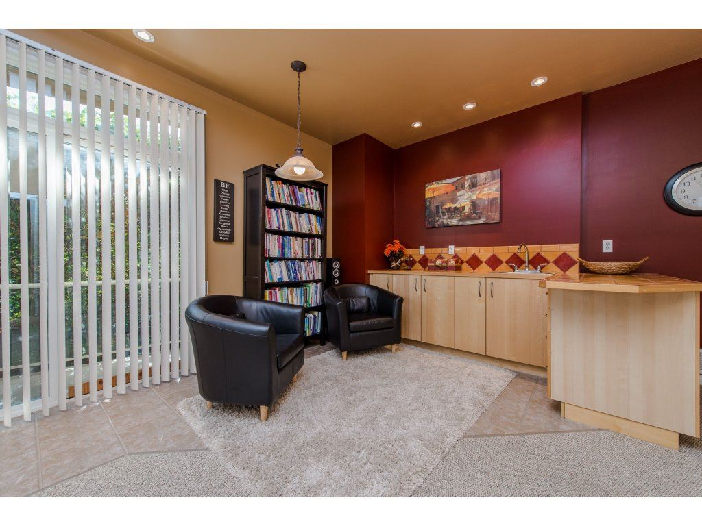 "Photo 17: 35784 REGAL Parkway in Abbotsford: Abbotsford East House for sale in ""REGAL PEAKS"" : MLS(r) # R2112545"