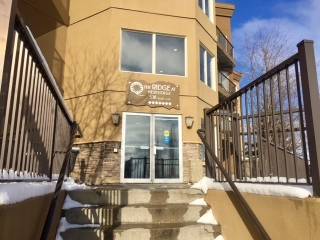 Main Photo:  in Edmonton: Zone 35 Condo for sale : MLS(r) # E4051621