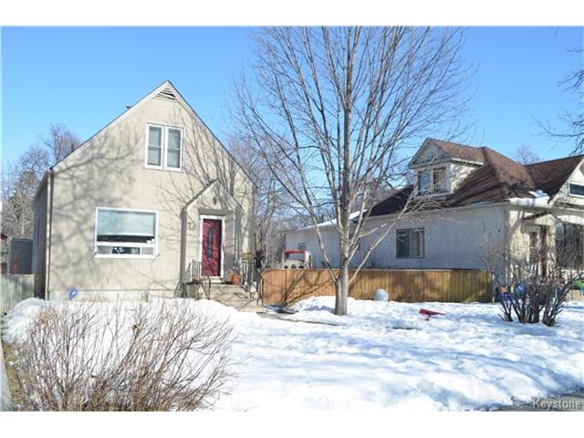 Great family home with 50 ft lot on a quiet street!