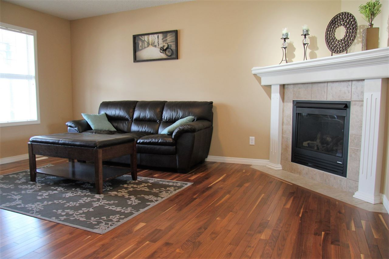 Photo 7: 14819 140 Street NW in Edmonton: Zone 27 House for sale : MLS(r) # E4056750