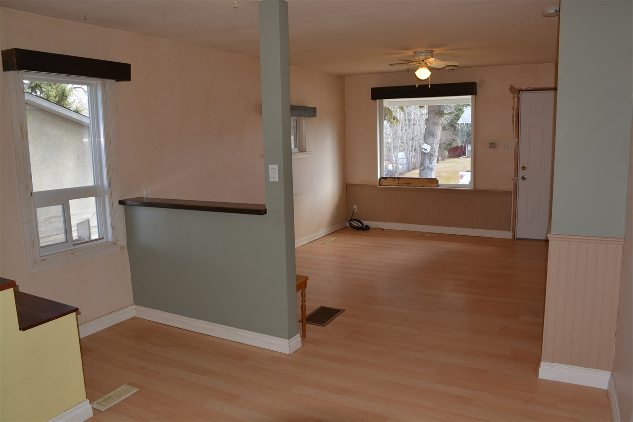 Photo 3: 4916 48 Avenue: Onoway House for sale : MLS(r) # E4059946