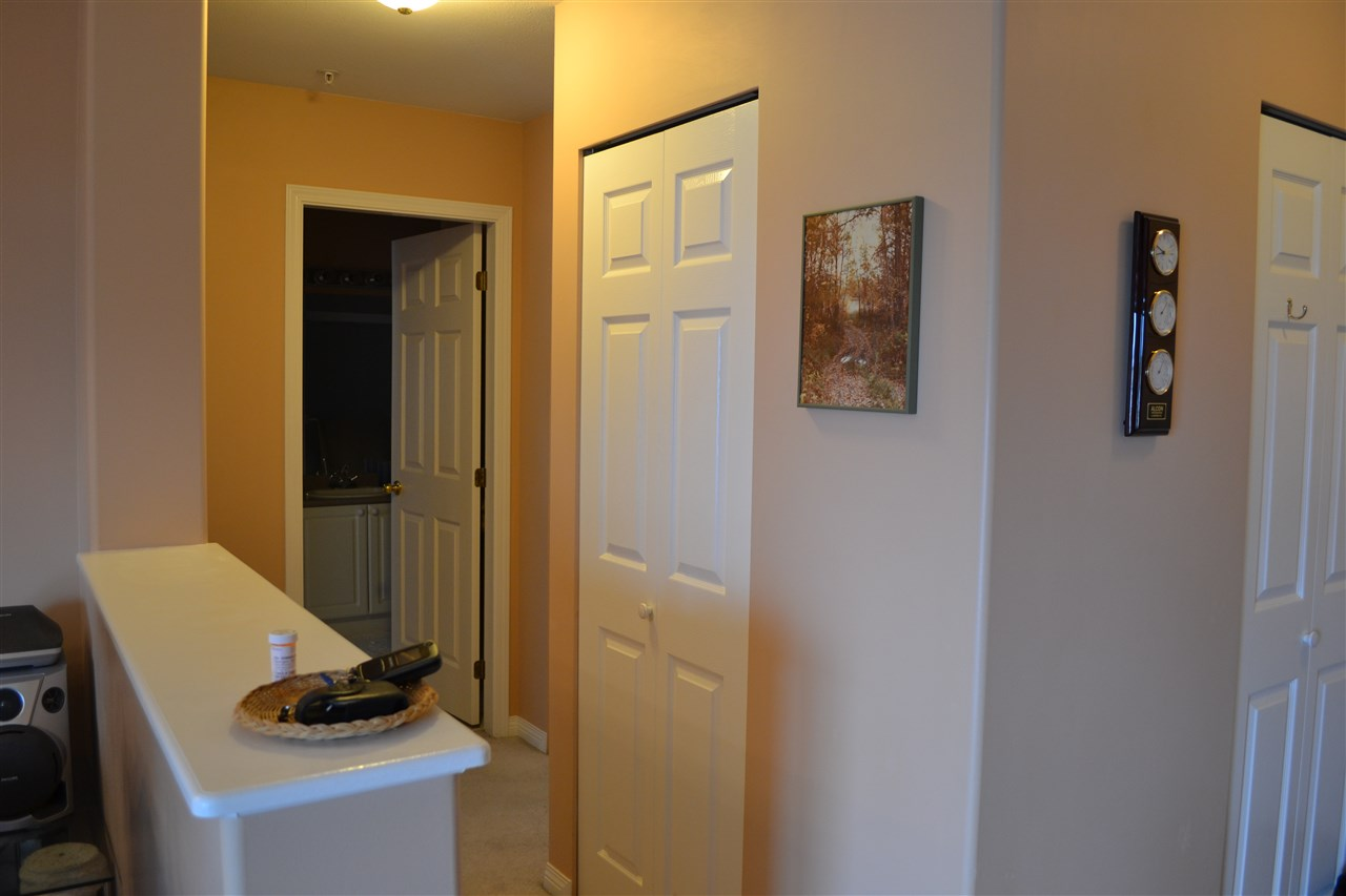 "Photo 11: 303 45745 PRINCESS Avenue in Chilliwack: Chilliwack W Young-Well Condo for sale in ""Princess Towers"" : MLS® # R2163712"