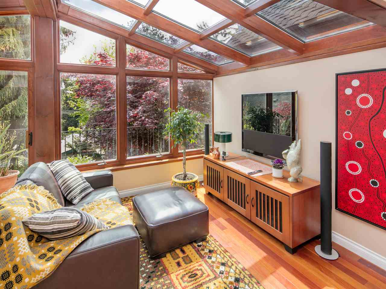 Photo 9: 748 UNION Street in Vancouver: Mount Pleasant VE House for sale (Vancouver East)  : MLS® # R2168904