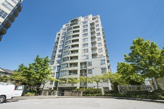 "Main Photo: 306 3489 ASCOT Place in Vancouver: Collingwood VE Condo for sale in ""REGENT COURT"" (Vancouver East)  : MLS®# R2169203"