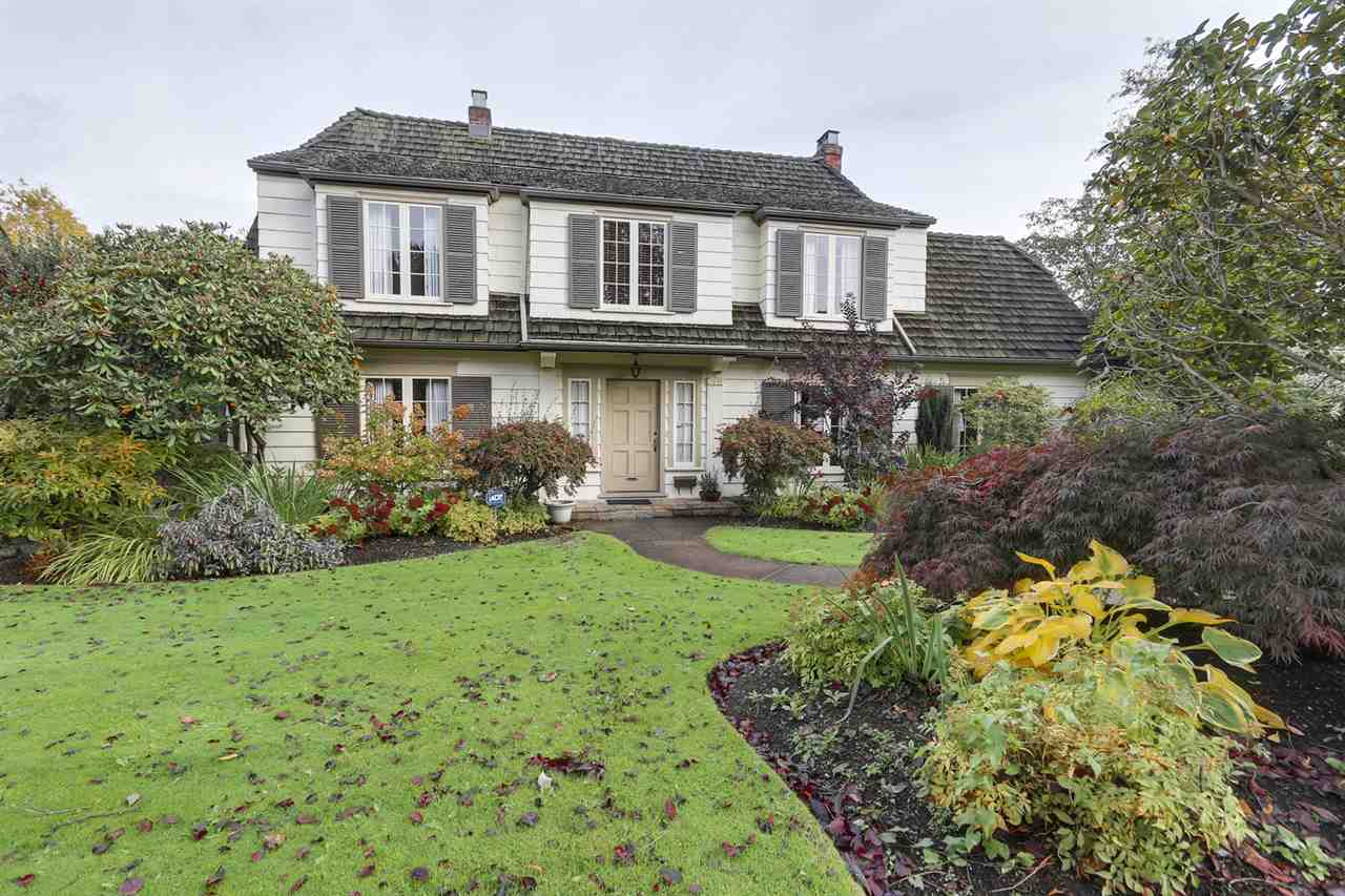 Main Photo: 2554 WALLACE Crescent in Vancouver: Point Grey House for sale (Vancouver West)  : MLS® # R2175399
