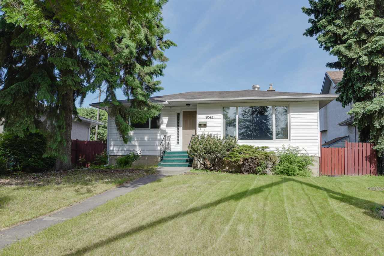 Main Photo: 9343 92 Street in Edmonton: Zone 18 House for sale : MLS(r) # E4068272