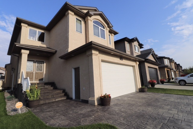 Main Photo: 16307 134 Street in Edmonton: Zone 27 House for sale : MLS® # E4069878