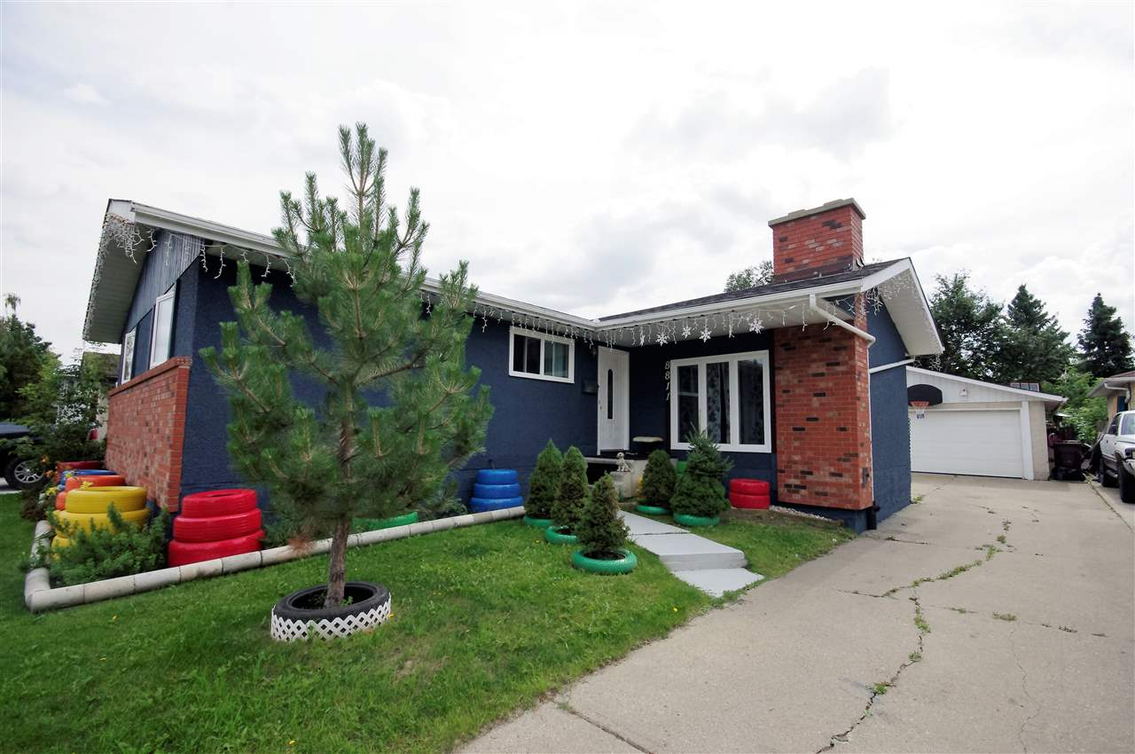 Main Photo: 8811 38A Avenue in Edmonton: Zone 29 House for sale : MLS® # E4077730