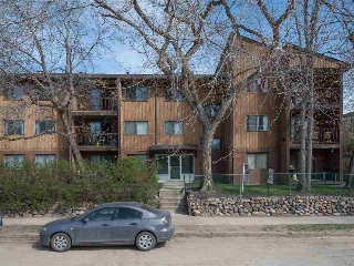 Main Photo: 207 8814 95 Avenue in Edmonton: Zone 18 Condo for sale : MLS® # E4077816