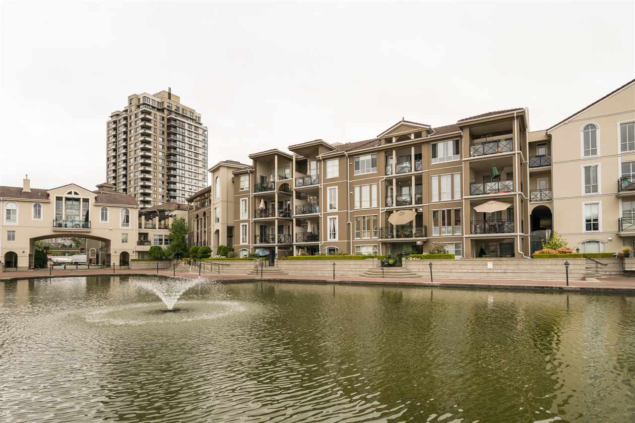 "Main Photo: 109 2 RENAISSANCE Square in New Westminster: Quay Condo for sale in ""THE LIDO"" : MLS® # R2198959"