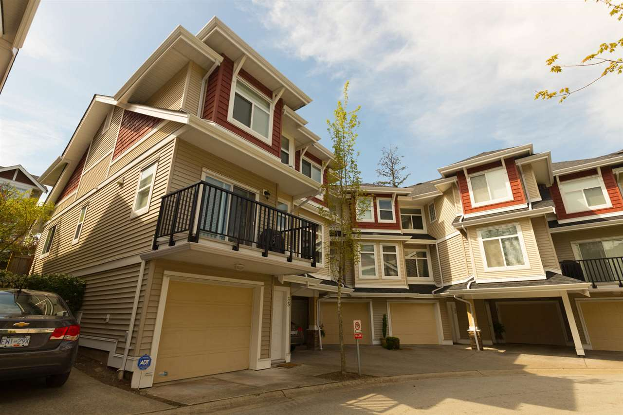 "Main Photo: 35 8655 159 Street in Surrey: Fleetwood Tynehead Townhouse for sale in ""SPRINGFIELD COURT"" : MLS®# R2265698"