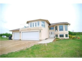 Main Photo: 15 Eagle Ridge Road in Saskatoon: Aberdeen Acreage for sale (Saskatoon NE)  : MLS®# 401123