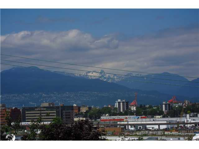 Main Photo: 306 2142 CAROLINA Street in Vancouver: Mount Pleasant VE Condo for sale (Vancouver East)  : MLS®# V972400