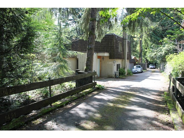 Main Photo: 1495 ROSS Road in North Vancouver: Westlynn House for sale : MLS® # V1071739