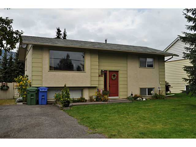 Main Photo: 3851 10TH Avenue in Smithers: Smithers - Town House for sale (Smithers And Area (Zone 54))  : MLS(r) # N239653