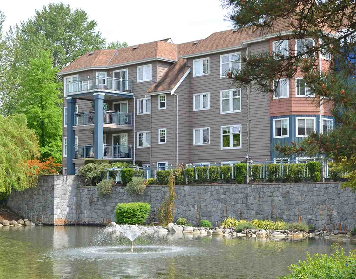 "Main Photo: 103 1200 EASTWOOD Street in Coquitlam: North Coquitlam Condo for sale in ""LAKESIDE TERRACE"" : MLS® # R2061253"