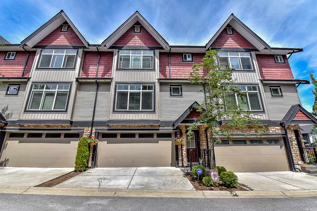 "Main Photo: 78 6299 144 Street in Surrey: Sullivan Station Townhouse for sale in ""ALTURA"" : MLS® # R2076125"