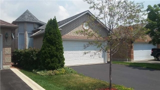 Main Photo: 23 Silkwood Crest in Brampton: Brampton West House (Bungalow-Raised) for sale : MLS(r) # W3547776