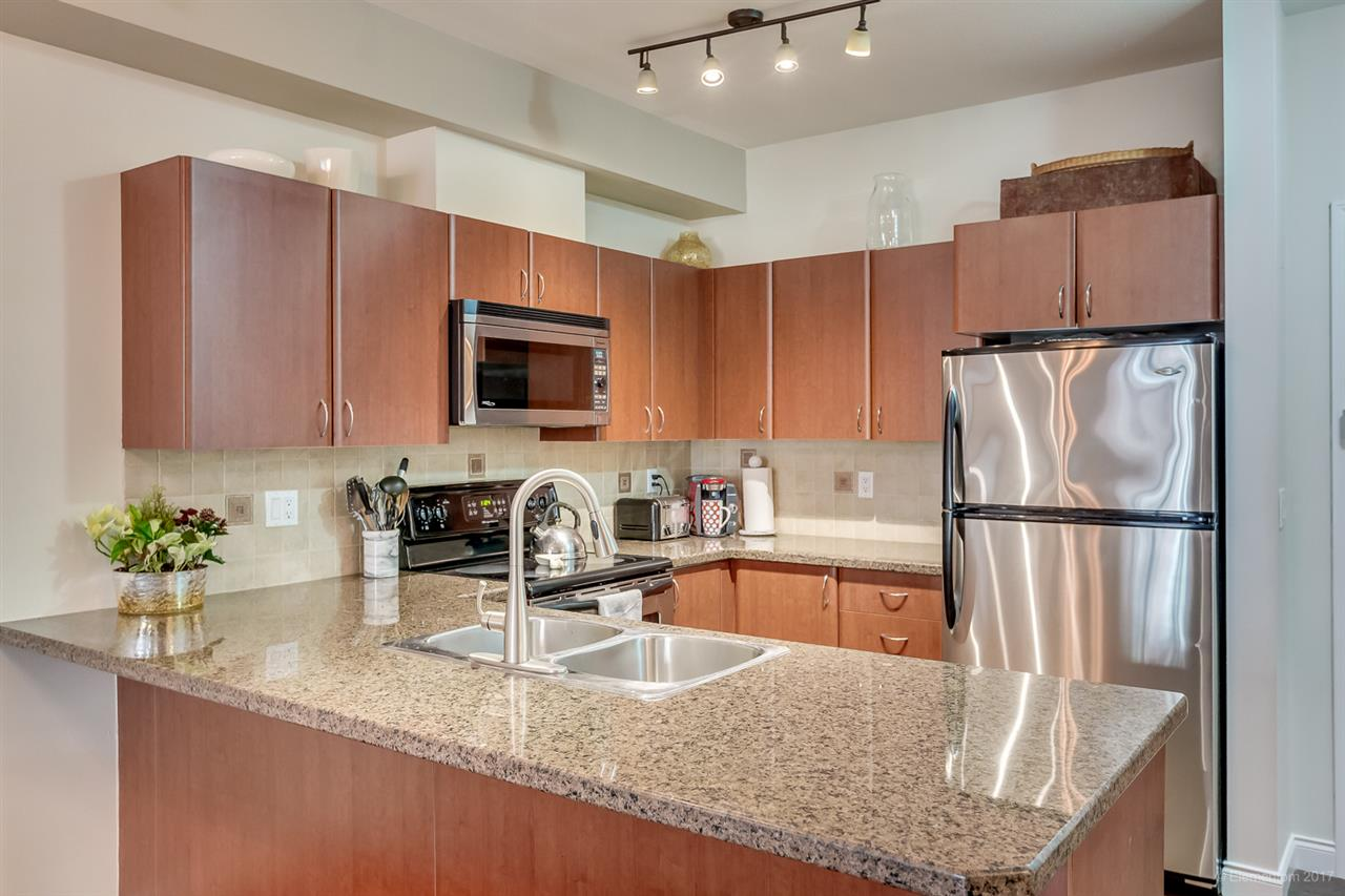 "Photo 6: 112 2346 MCALLISTER Avenue in Port Coquitlam: Central Pt Coquitlam Condo for sale in ""THE MAPLES"" : MLS® # R2135962"