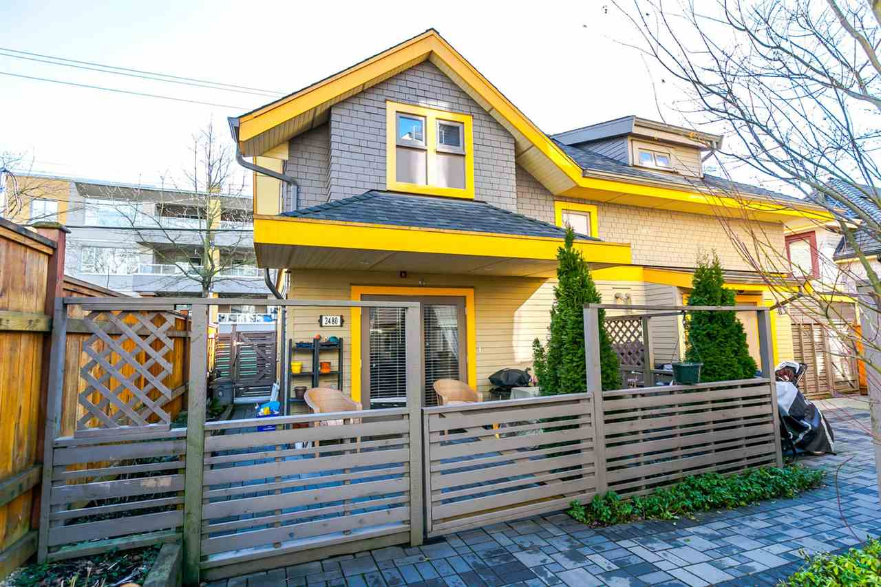 "Main Photo: 2480 W 8TH Avenue in Vancouver: Kitsilano Townhouse for sale in ""HERITAGE ON 8TH"" (Vancouver West)  : MLS® # R2142785"
