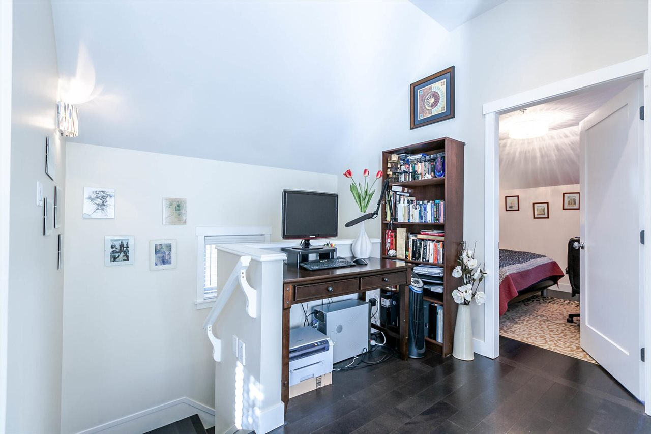 "Photo 13: 2480 W 8TH Avenue in Vancouver: Kitsilano Townhouse for sale in ""HERITAGE ON 8TH"" (Vancouver West)  : MLS® # R2142785"