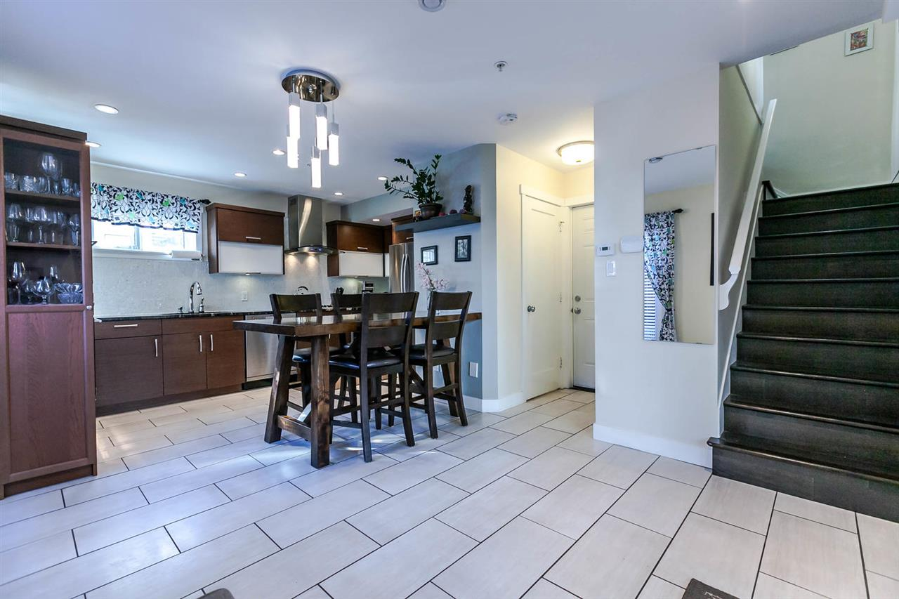 "Photo 7: 2480 W 8TH Avenue in Vancouver: Kitsilano Townhouse for sale in ""HERITAGE ON 8TH"" (Vancouver West)  : MLS® # R2142785"