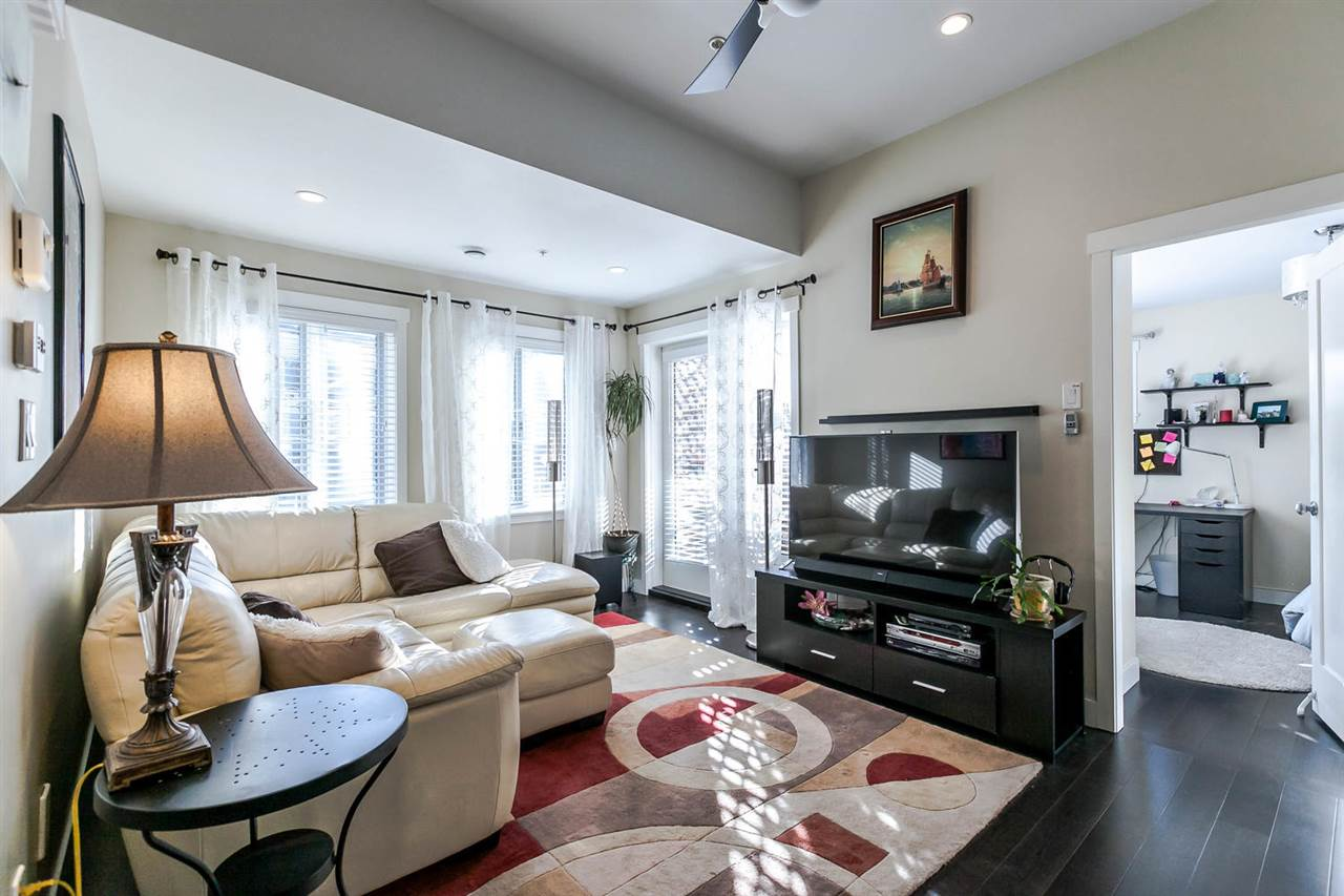 "Photo 10: 2480 W 8TH Avenue in Vancouver: Kitsilano Townhouse for sale in ""HERITAGE ON 8TH"" (Vancouver West)  : MLS® # R2142785"