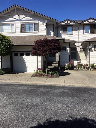 "Main Photo: 116 20820 87 Avenue in Langley: Walnut Grove Townhouse for sale in ""Sycamores"" : MLS(r) # R2158582"
