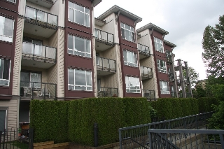 Main Photo: 111-2943 Nelson Place in Abbotsford: Central Abbotsford Condo for sale : MLS(r) # R2173514