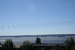 Main Photo: 302 2412 HAYWOOD Avenue in West Vancouver: Dundarave Condo for sale : MLS(r) # R2179601