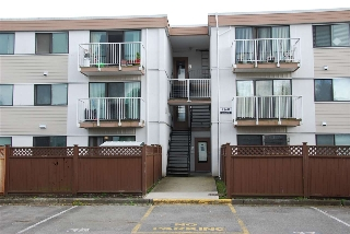 "Main Photo: 208 7260 LINDSAY Road in Richmond: Granville Condo for sale in ""SUSSEX SQUARE"" : MLS(r) # R2179739"