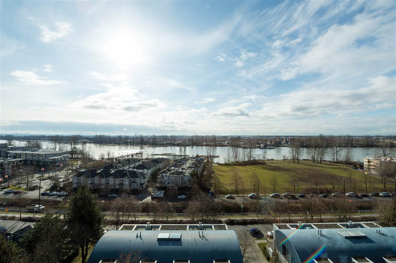 "Main Photo: 803 3061 E KENT AVENUE NORTH in Vancouver: Fraserview VE Condo for sale in ""THE PHOENIX"" (Vancouver East)  : MLS(r) # R2188517"