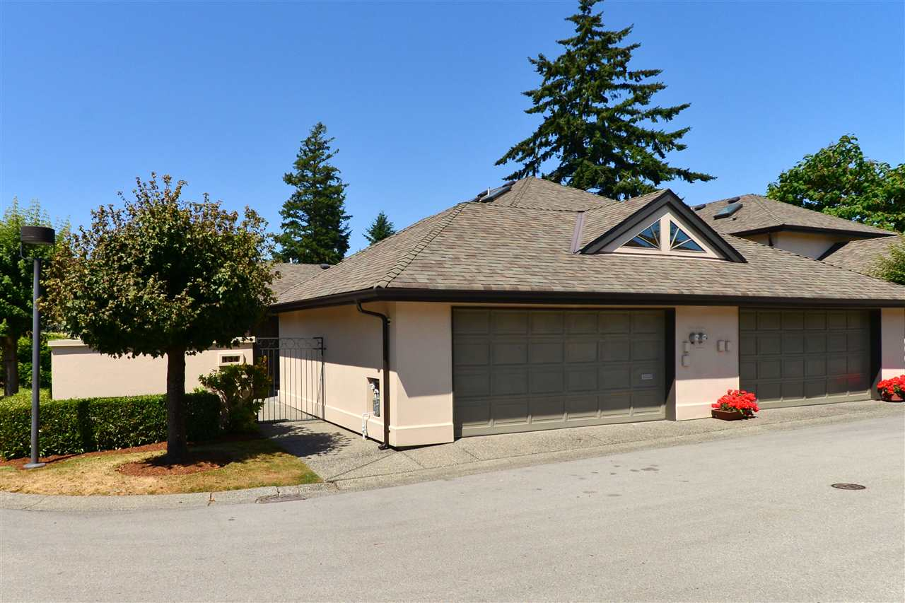 "Main Photo: 134 1770 128TH Street in Surrey: Crescent Bch Ocean Pk. Townhouse for sale in ""Palisades"" (South Surrey White Rock)  : MLS(r) # R2188495"