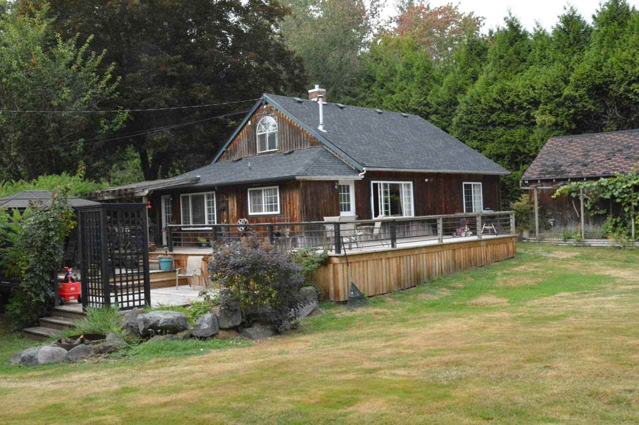Main Photo: 5896 216 Street in Langley: Salmon River House for sale : MLS® # R2208256