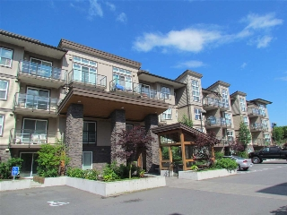 "Main Photo: 105 30515 CARDINAL Avenue in Abbotsford: Abbotsford West Condo for sale in ""Tamarind Westside"" : MLS® # R2210378"