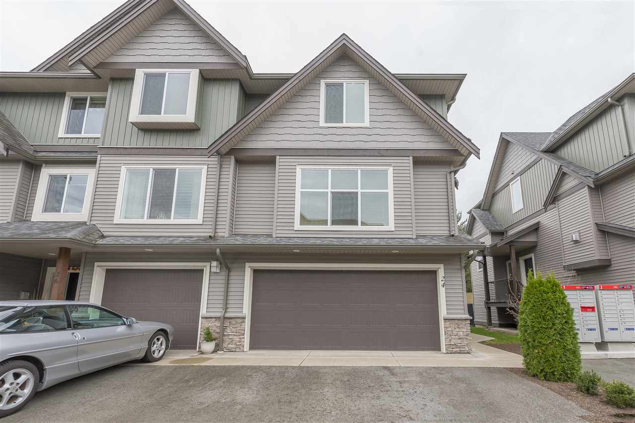 "Main Photo: 24 1609 AGASSIZ-ROSEDALE Highway: Agassiz Townhouse for sale in ""FRASER GREEN"" : MLS® # R2219871"