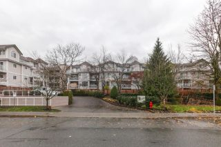 "Main Photo: 319 2678 DIXON Street in Port Coquitlam: Central Pt Coquitlam Condo for sale in ""SPRINGDALE"" : MLS® # R2221982"