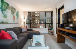 "Main Photo: 1901 909 MAINLAND Street in Vancouver: Yaletown Condo for sale in ""YALETOWN PARK II"" (Vancouver West)  : MLS® # R2239205"