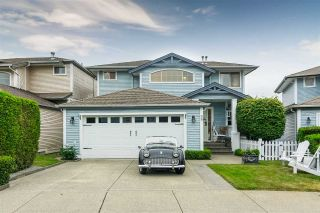 "Main Photo: 38 8675 209 Street in Langley: Walnut Grove House for sale in ""Sycamores"" : MLS®# R2277599"