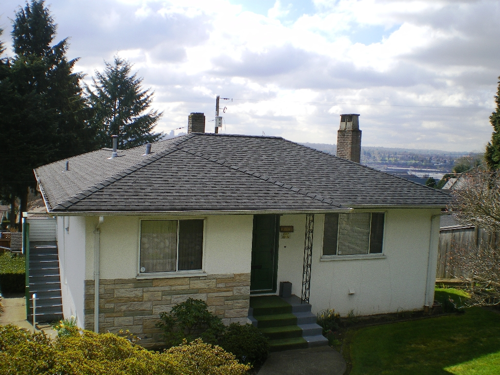 Photo 12: 909 E Keith Rd. in North Vancouver: Calverhall House for sale : MLS(r) # V884429