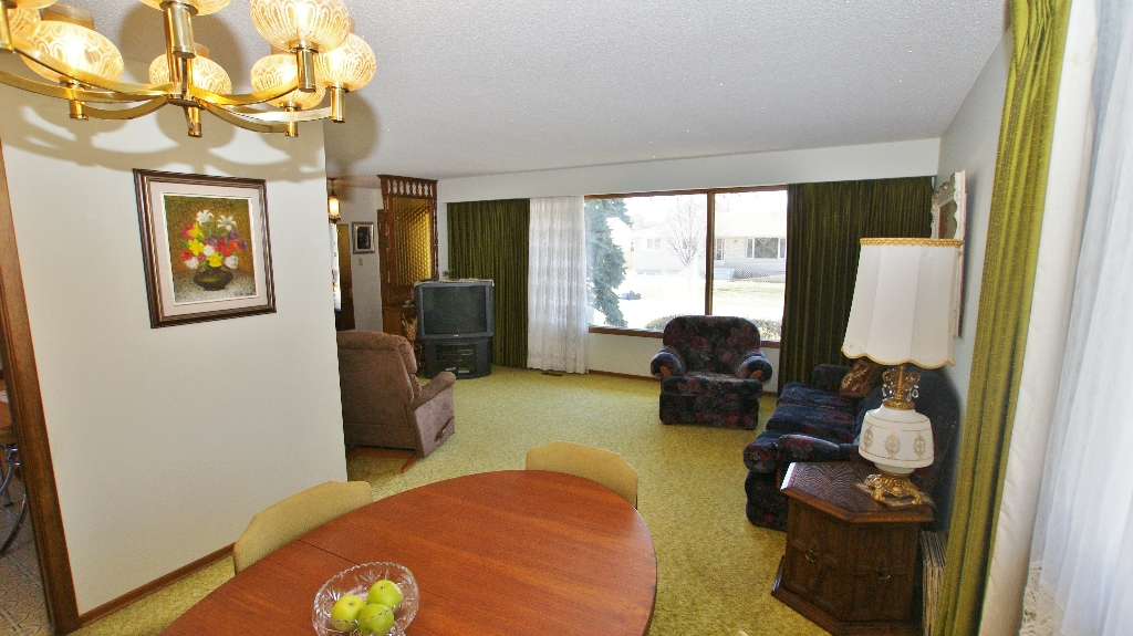 Photo 12: 417 Paufeld Drive in Winnipeg: North Kildonan Residential for sale (North East Winnipeg)  : MLS(r) # 1206567