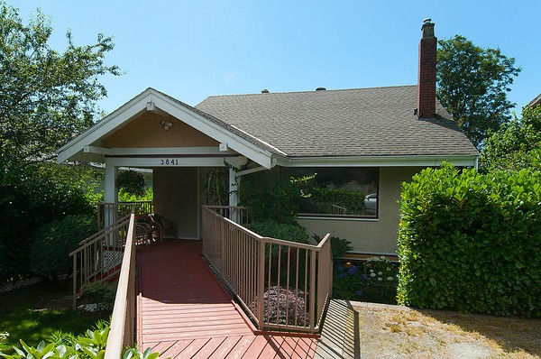 Main Photo: 3841 ARBUTUS ST in Vancouver: Arbutus House for sale (Vancouver West)  : MLS®# V1032016