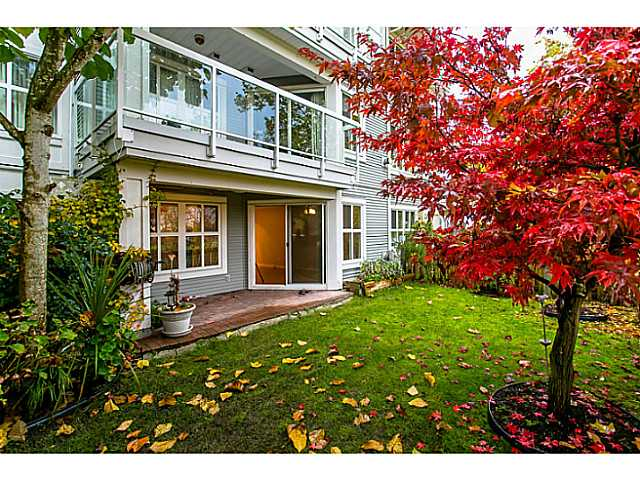 "Photo 2: 111 3038 E KENT Avenue in Vancouver: Fraserview VE Condo for sale in ""SOUTH HAMPTON"" (Vancouver East)  : MLS(r) # V1035735"